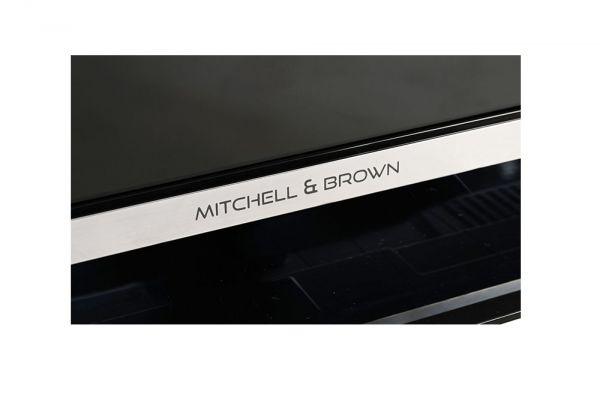 Mitchell & Brown 32
