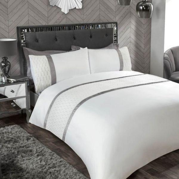 Julian Charles Boutique Tiffany Sequin Quilted Panel Duvet Set Super King